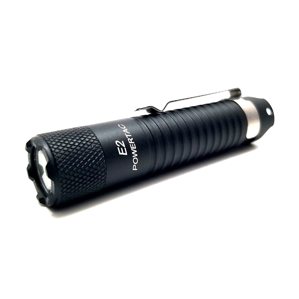 Powertac® E2 Gen4 - 188 lumenov LED svietidlo (Farba: Čierna)