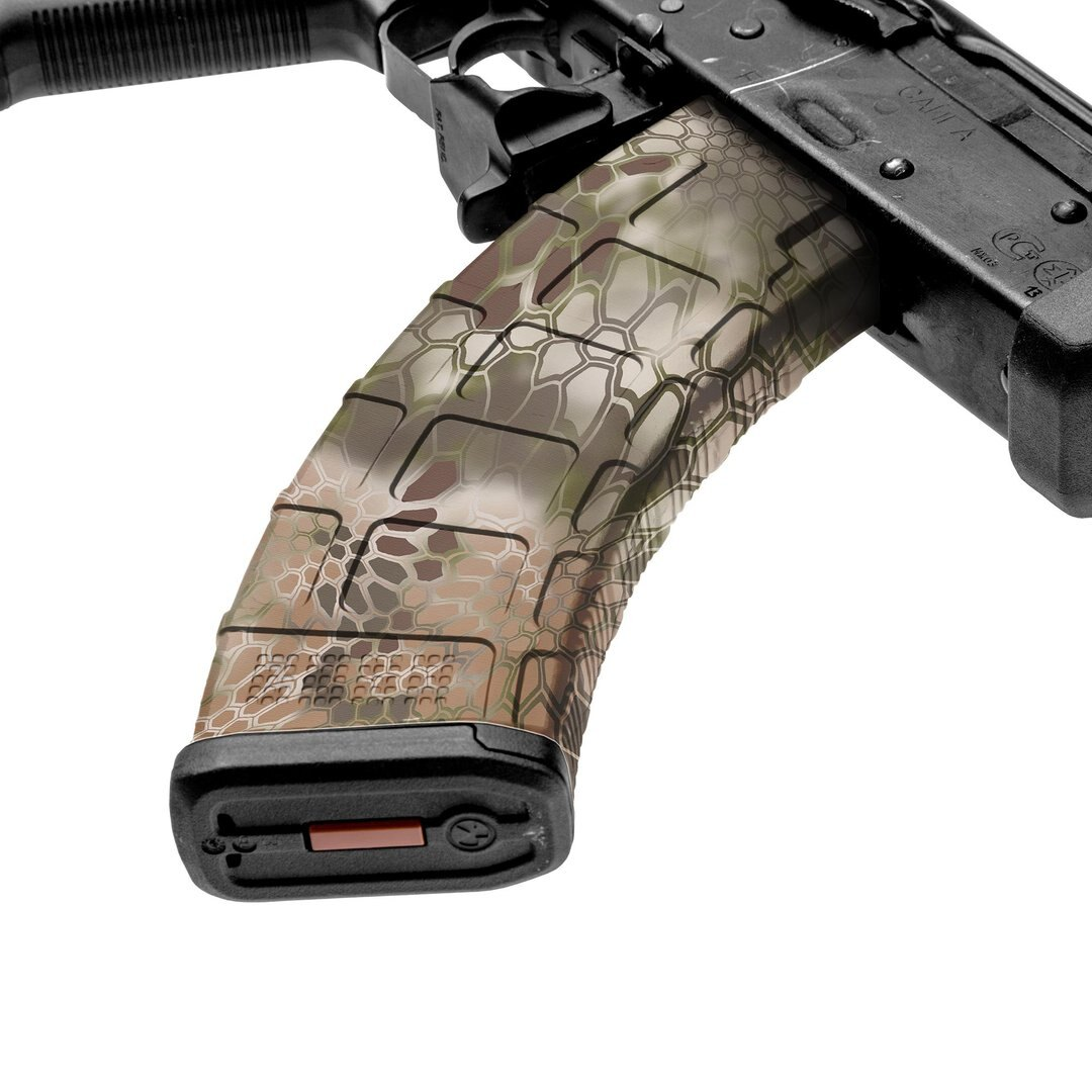 GunSkins® prémiový vinylový skin na zásobník AK-47 – Kryptek Highlander™ (Farba: Kryptek Highlander™)